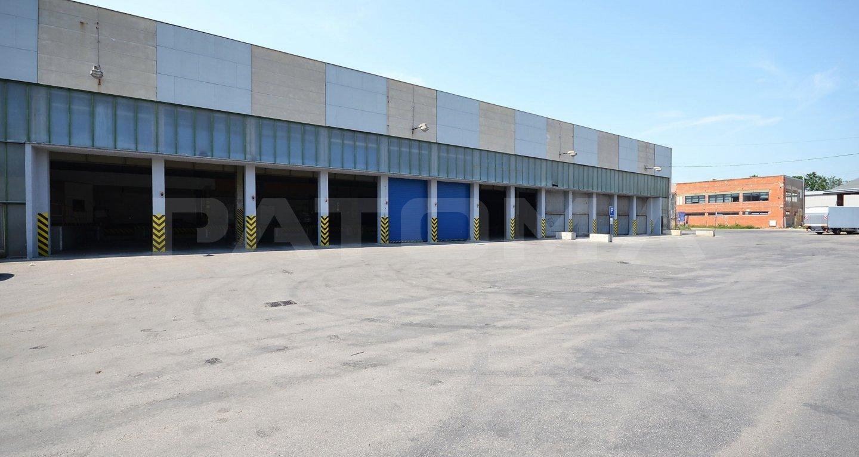 Pronájem skladového prostoru 1.600 m² v lokalitě